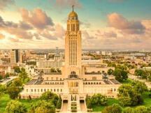 美国内布拉斯加州通过法案以允许银行处理加密货币