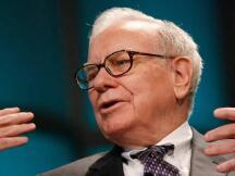 """巴菲特的答卷:年净利润腰斩,百亿美元""""错误"""",但这些重仓股收益颇丰"""