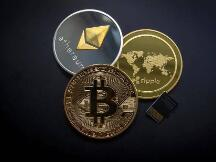 比特币的全球货币梦:233个折合人民币近22万