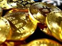 比特币重回狂热季:市值突破2万亿直逼工行 矿机市场一台难求