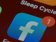 Facebook遭遇史上最严重宕机,股价下跌5%