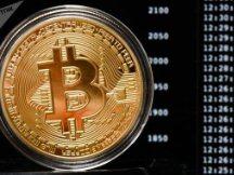 目前的比特币到底贵不贵?山寨币有无投资价值?