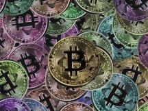 在市场去泡沫时重谈泡沫:有节制的泡沫可以创造历史