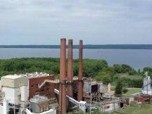 日夜挖矿比特币 这家工厂把冰川湖变成了温泉