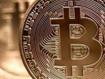 """比特币币价""""狂欢"""" 首次突破3.7万美元,区块链公司忙蹭热点"""
