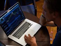 区块链研究实验室|如何使用Python算法进行交易