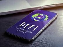 近一个月 DeFi协议中ETH锁仓数量已下滑25%