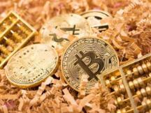 """你还敢""""玩币""""吗?比特币""""暴跌""""12%,币市蒸发1000亿美元"""