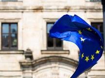 """欧洲委员会正式提出加密资产和稳定币监管框架,建议实施""""定制""""机制"""