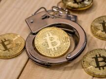 冻卡、抓捕、反洗钱,币圈再临年关大考
