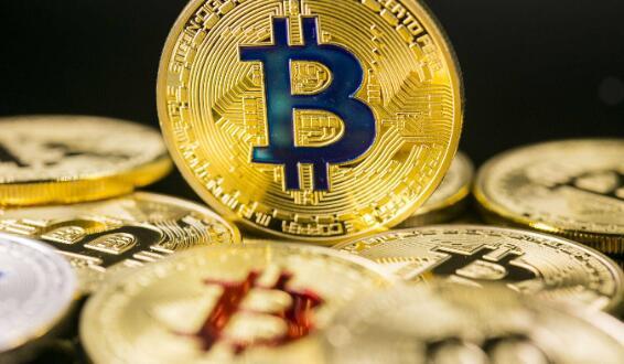 比特币的历史性运行还在继续,价格突破40000美元